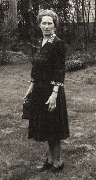 Beulah E. Hosley Gibson