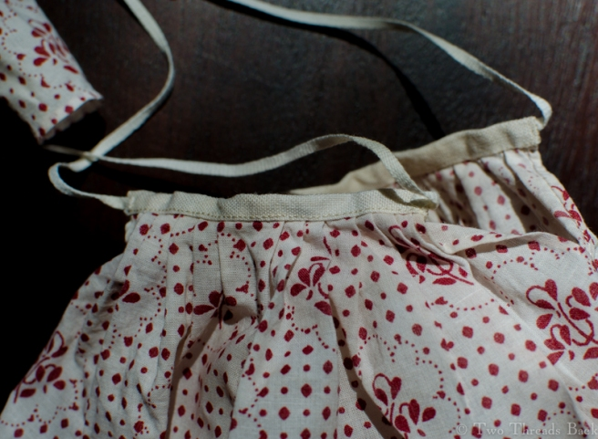 And here's the petticoat, the only really easy part to sew.